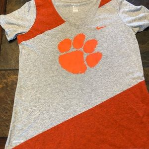 Nike dri fit graphic tee shirt